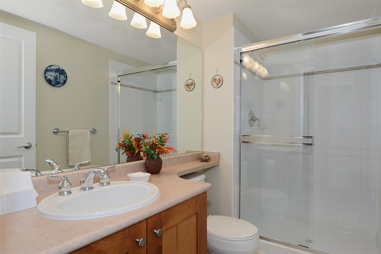 "Photo 7: 310 3188 W 41ST Avenue in Vancouver: Kerrisdale Condo for sale in ""LANESBOROUGH"" (Vancouver West)  : MLS® # R2067224"