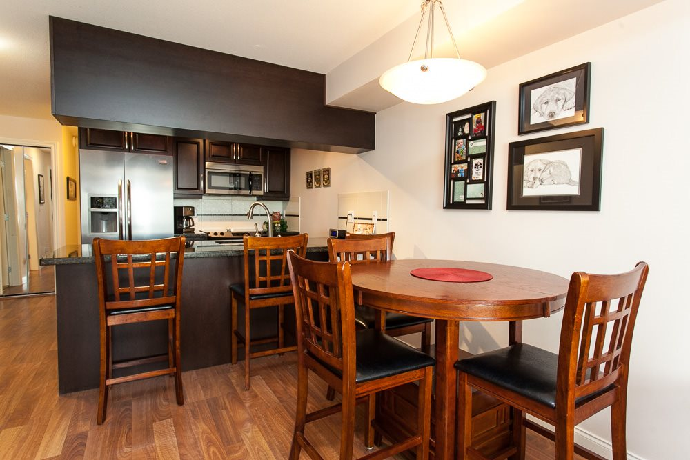 "Photo 3: 115 19939 55A Avenue in Langley: Langley City Condo for sale in ""MADISON CROSSING"" : MLS(r) # R2118211"
