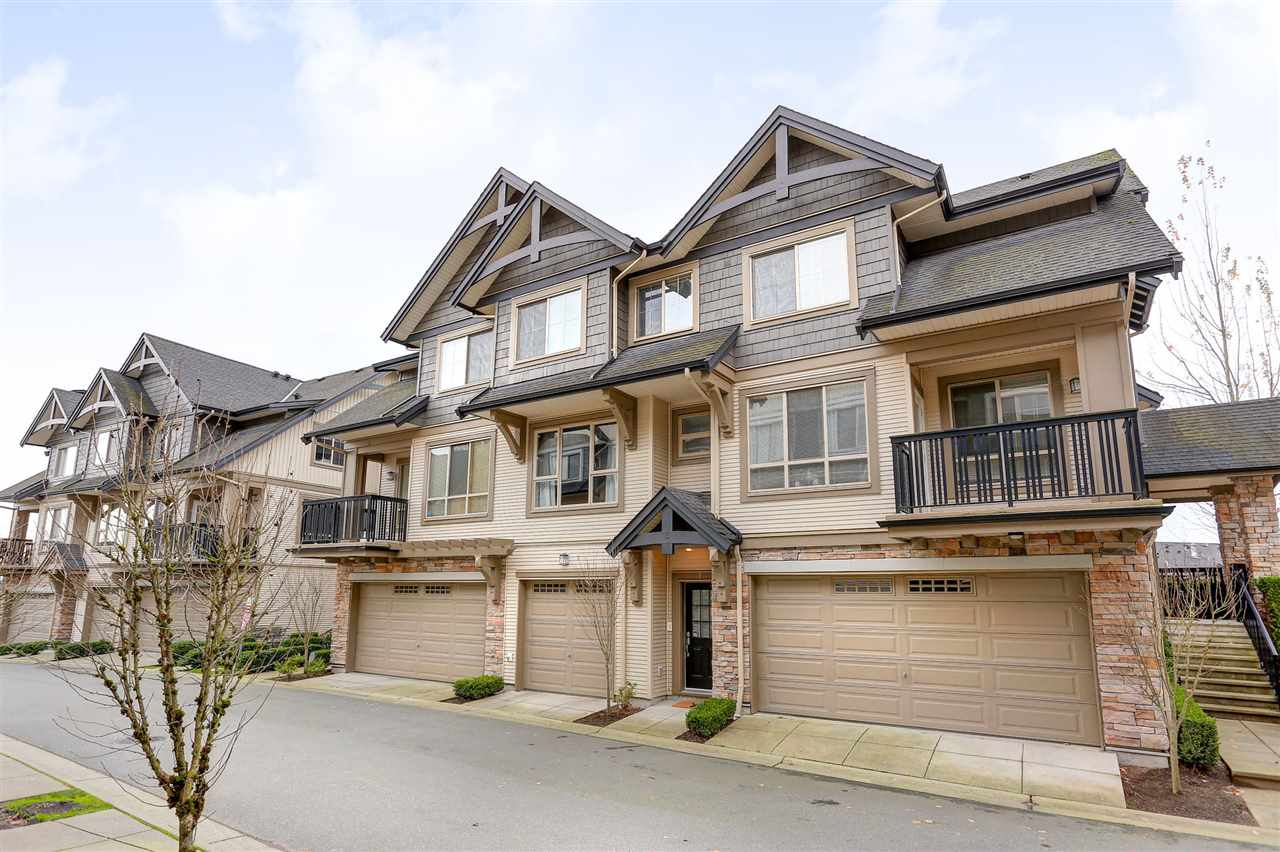 "Photo 2: 2 3065 DAYANEE SPRINGS Boulevard in Coquitlam: Westwood Plateau Townhouse for sale in ""WHITETAIL LANE @ DAYANEE SPRINGS"" : MLS® # R2121735"