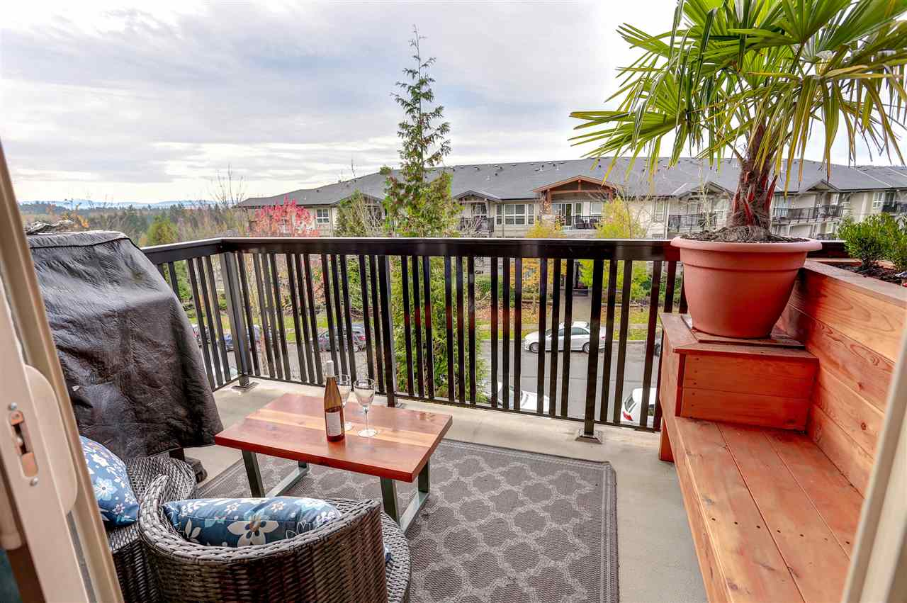 "Photo 4: 2 3065 DAYANEE SPRINGS Boulevard in Coquitlam: Westwood Plateau Townhouse for sale in ""WHITETAIL LANE @ DAYANEE SPRINGS"" : MLS® # R2121735"