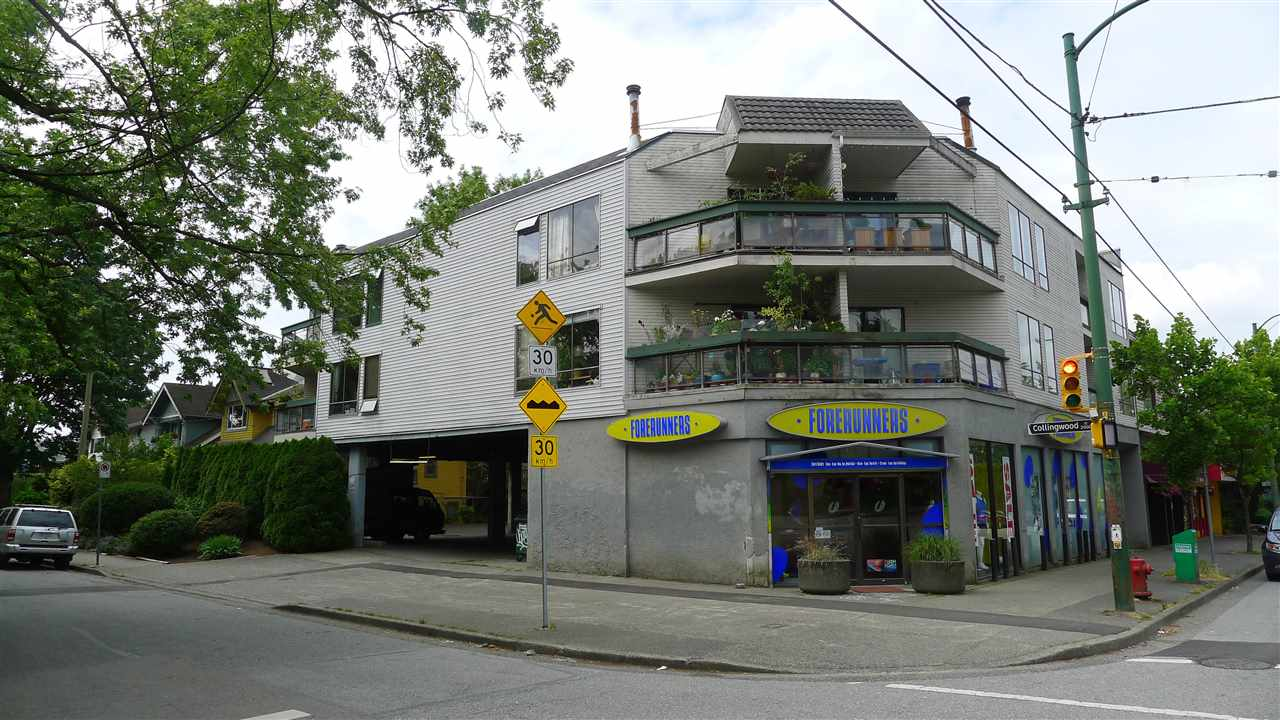 Main Photo: 305 3506 W 4TH Avenue in Vancouver: Kitsilano Condo for sale (Vancouver West)  : MLS® # R2123894