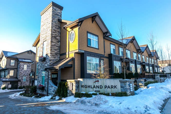 "Main Photo: 24 6088 BERESFORD Street in Burnaby: Metrotown Townhouse for sale in ""HIGHLAND PARK"" (Burnaby South)  : MLS®# R2130287"