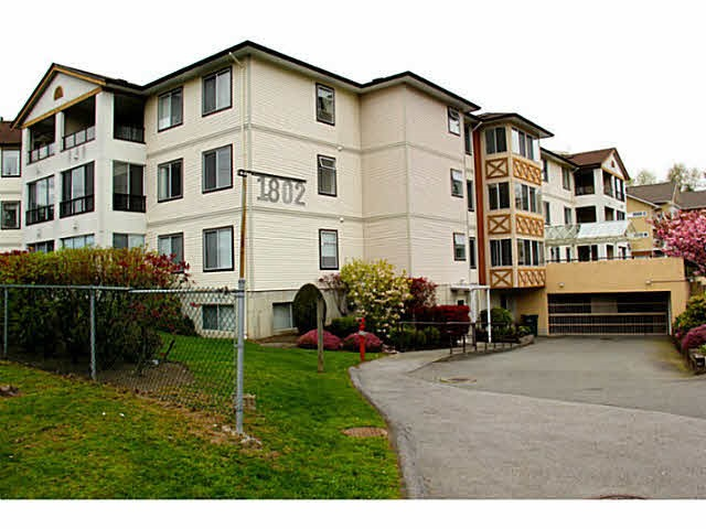 "Main Photo: 305 1802 DUTHIE Avenue in Burnaby: Montecito Condo for sale in ""Valhalla Court"" (Burnaby North)  : MLS® # R2134228"