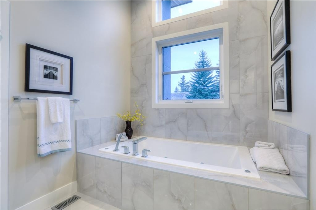 Photo 24: 2522 20 Street SW in Calgary: Richmond House for sale : MLS(r) # C4093176