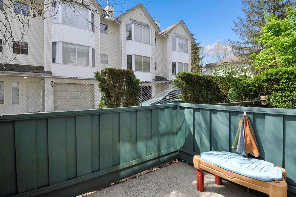"Photo 18: 13 3476 COAST MERIDIAN Road in Port Coquitlam: Lincoln Park PQ Townhouse for sale in ""LAURIER MEWS"" : MLS® # R2164529"