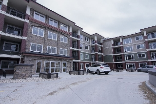 Main Photo:  in Edmonton: Zone 14 Condo for sale : MLS® # E4064511