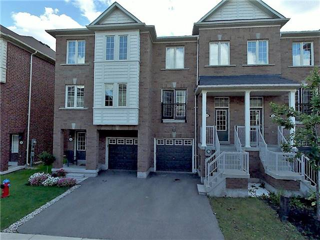 Main Photo: 52 2187 Fiddlers Way in Oakville: West Oak Trails House (2-Storey) for lease : MLS®# W3867752