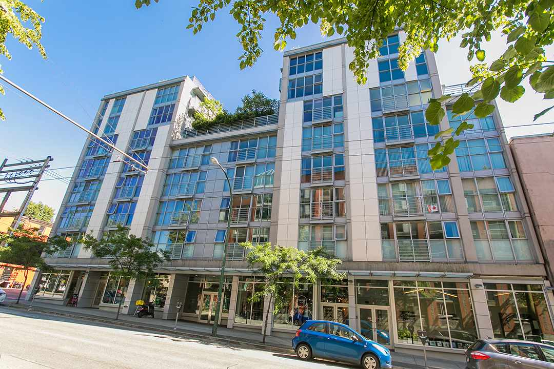 "Main Photo: 609 168 POWELL Street in Vancouver: Downtown VE Condo for sale in ""SMART"" (Vancouver East)  : MLS(r) # R2187518"