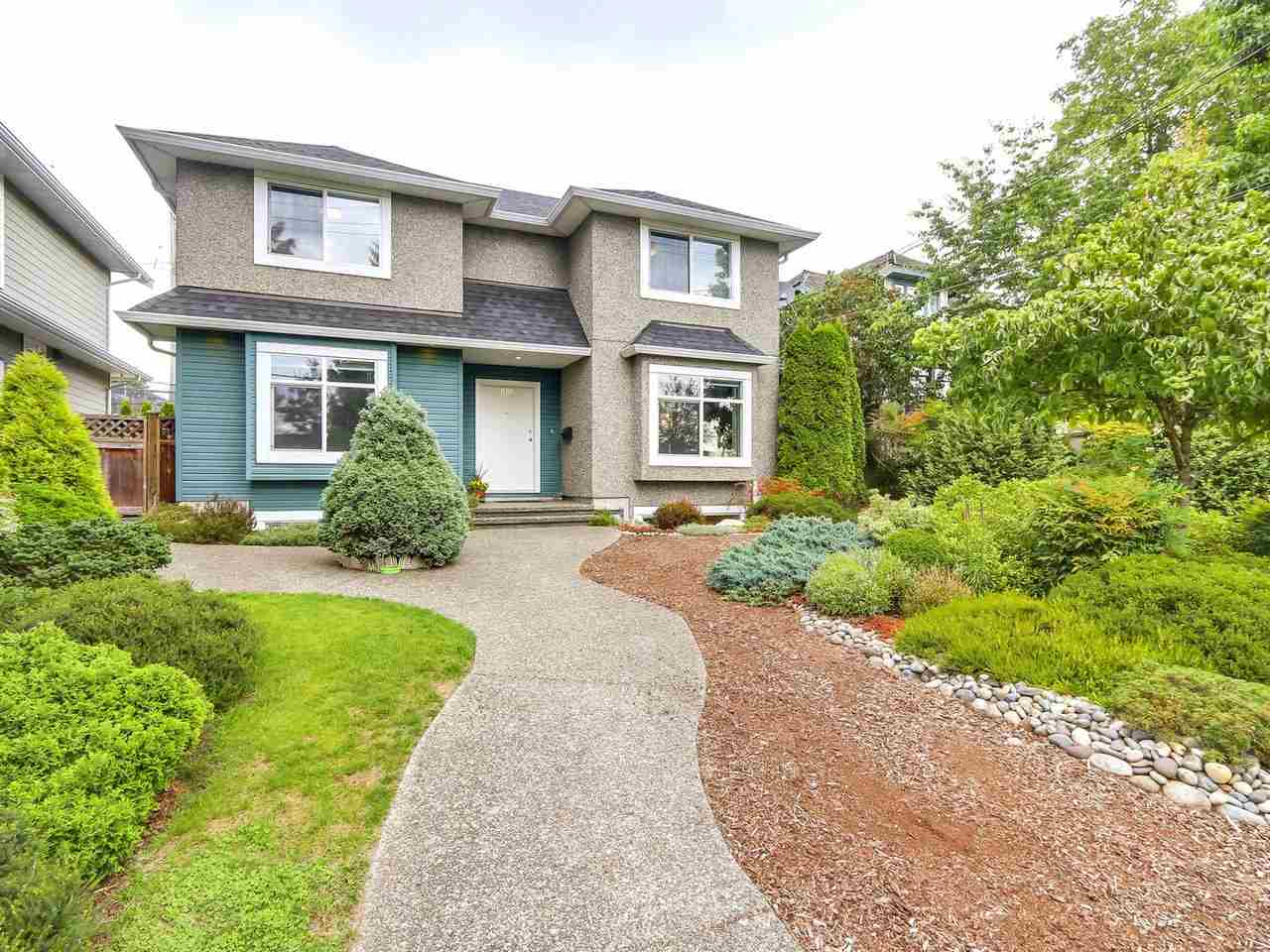 Main Photo: 1925 SEVENTH Avenue in New Westminster: West End NW House for sale : MLS® # R2197624
