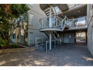Main Photo: 9 33682 MARSHALL Road in Abbotsford: Central Abbotsford Condo for sale : MLS® # R2210439