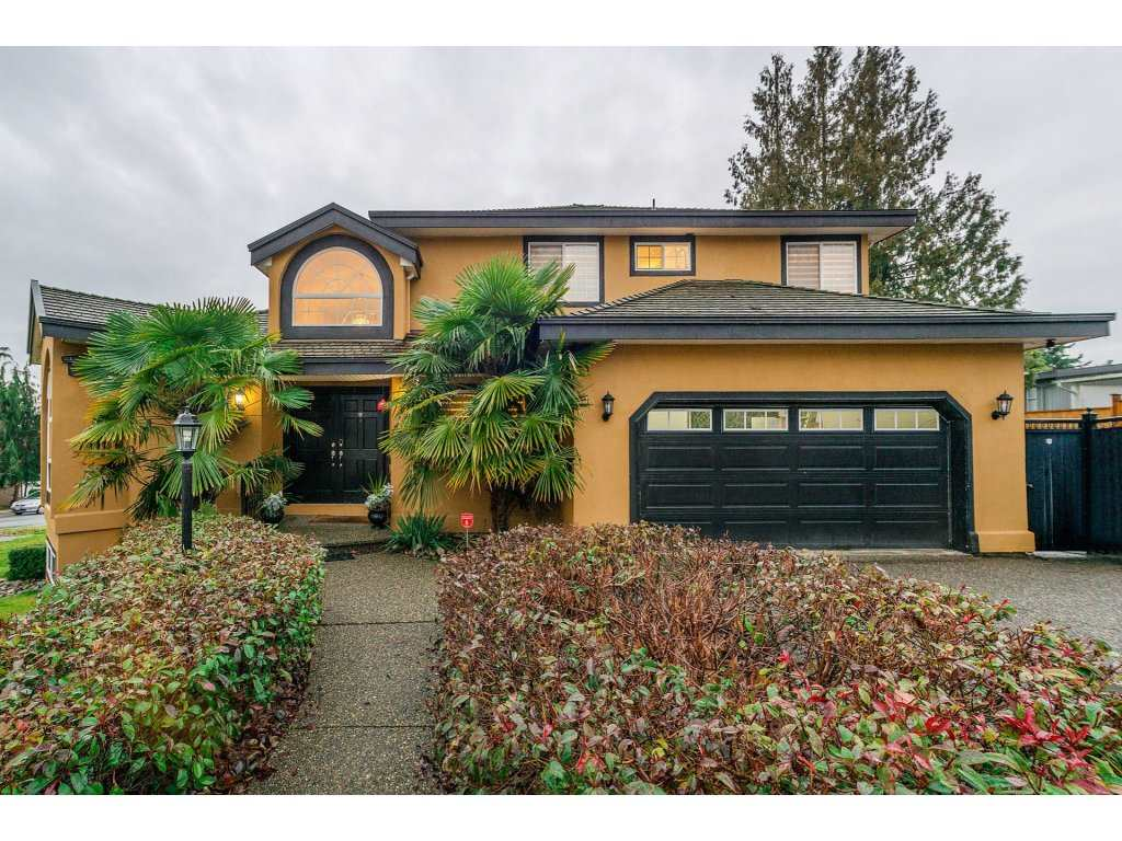 Main Photo: 7967 155 Street in Surrey: Fleetwood Tynehead House for sale : MLS® # R2230760