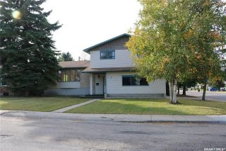 Main Photo: 99 Champlin Crescent in Saskatoon: East College Park Residential for sale : MLS®# SK720398