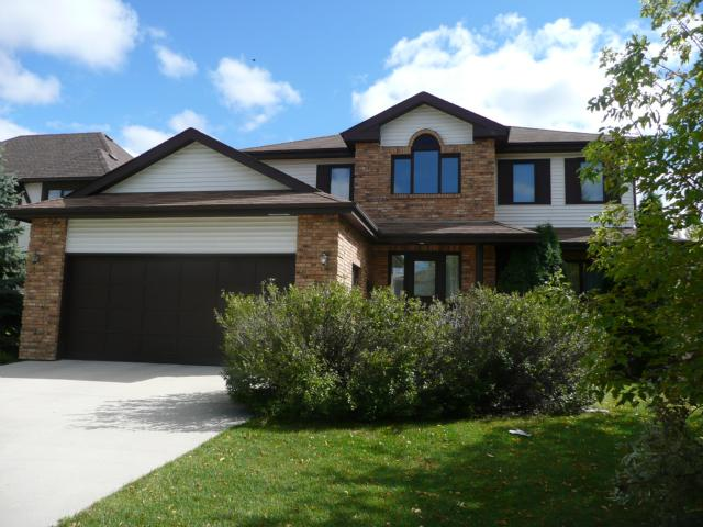 Main Photo: 43 Allan Rouse Cove in WINNIPEG: North Kildonan Residential for sale (North East Winnipeg)  : MLS(r) # 1103156