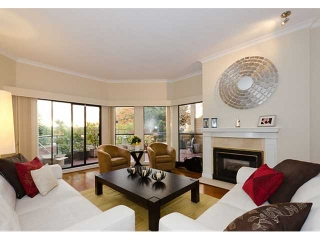 "Main Photo: 102 2408 HAYWOOD Avenue in West Vancouver: Dundarave Condo for sale in ""REGENCY PLACE"" : MLS(r) # V919573"