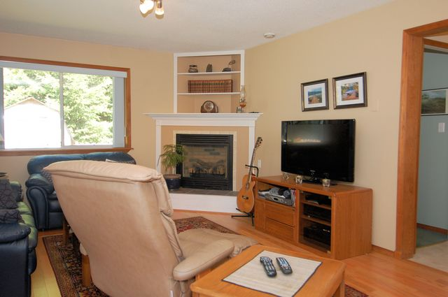 Photo 21: Photos: 2249 MCINTOSH ROAD in SHAWNIGAN LAKE: House for sale : MLS® # 336478