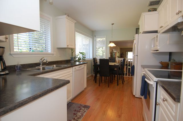 Photo 12: Photos: 2249 MCINTOSH ROAD in SHAWNIGAN LAKE: House for sale : MLS®# 336478
