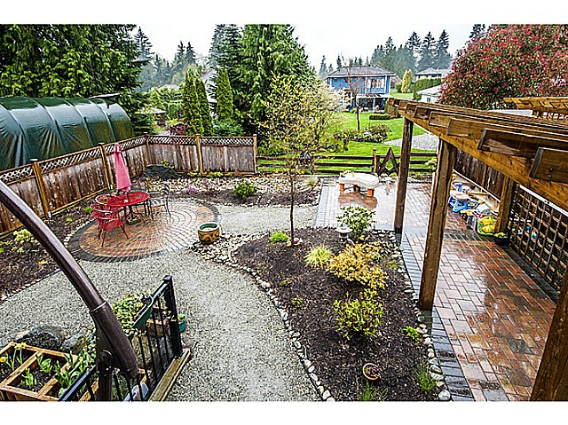 Photo 10: 1390 MARGUERITE Street in Coquitlam: Burke Mountain House for sale : MLS® # V1046988