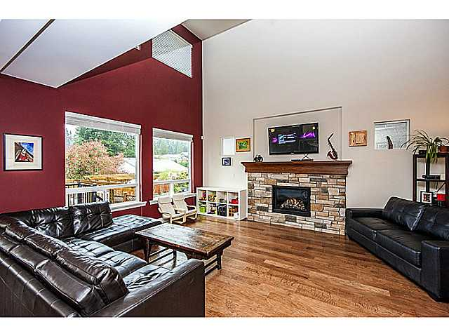 Photo 2: 1390 MARGUERITE Street in Coquitlam: Burke Mountain House for sale : MLS® # V1046988
