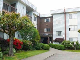 "Main Photo: 329 2279 MCCALLUM Road in Abbotsford: Central Abbotsford Condo for sale in ""ALMEDA COURT"" : MLS(r) # F1413609"