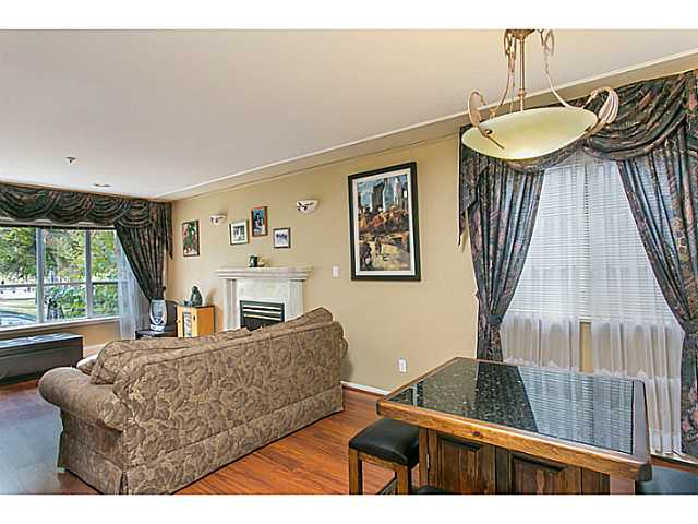 Photo 5: 2687 GRANT Street in Vancouver: Renfrew VE House for sale (Vancouver East)  : MLS® # V1141585