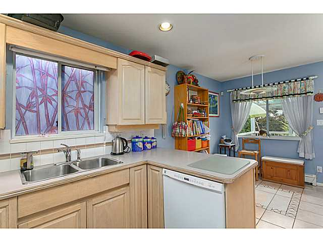 Photo 6: 2687 GRANT Street in Vancouver: Renfrew VE House for sale (Vancouver East)  : MLS® # V1141585