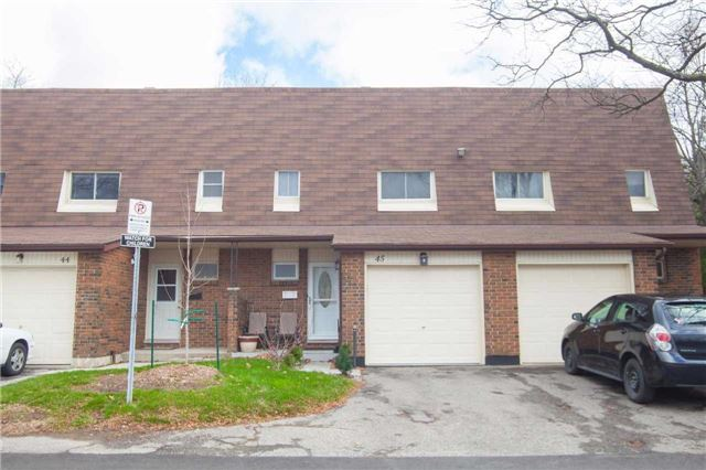 Main Photo: 45 30 Regent Avenue in Hamilton: Falkirk Condo for sale : MLS(r) # X3369073