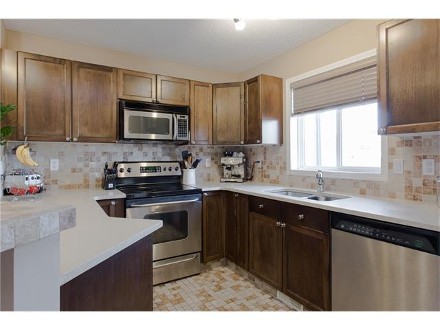Photo 5: 275 EVERSTONE Drive SW in Calgary: Evergreen House for sale : MLS® # C4049226