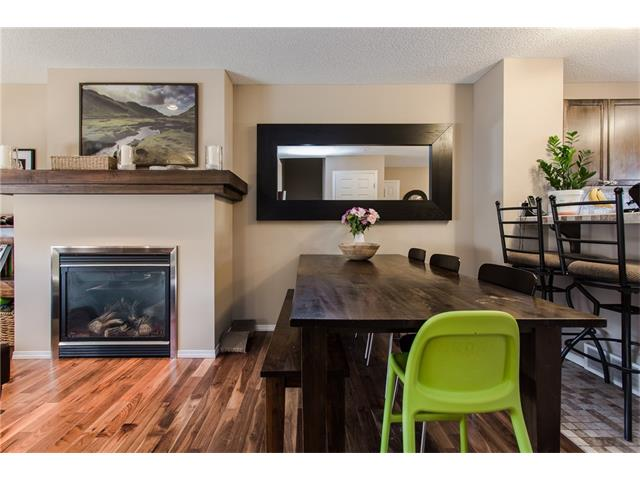 Photo 4: 275 EVERSTONE Drive SW in Calgary: Evergreen House for sale : MLS® # C4049226
