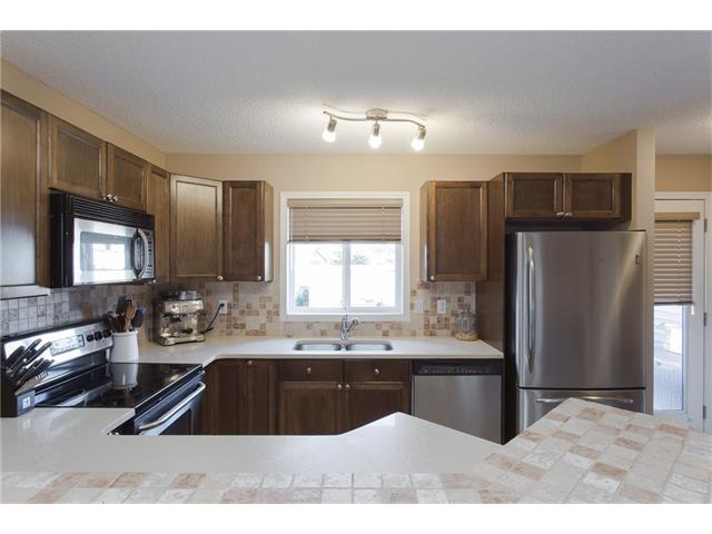 Photo 6: 275 EVERSTONE Drive SW in Calgary: Evergreen House for sale : MLS® # C4049226