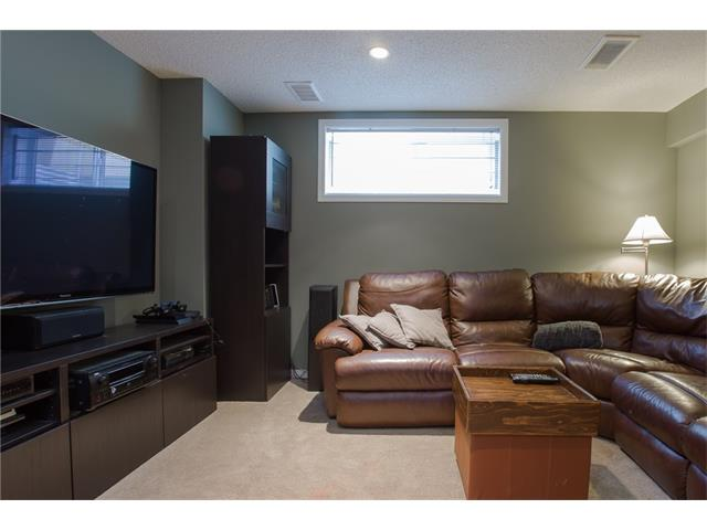 Photo 13: 275 EVERSTONE Drive SW in Calgary: Evergreen House for sale : MLS® # C4049226