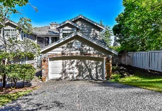 "Main Photo: 18 2688 150 Street in Surrey: Sunnyside Park Surrey Townhouse for sale in ""WEST MOOR"" (South Surrey White Rock)  : MLS® # R2065557"