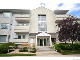 Main Photo: 223 Masson Street in Winnipeg: St Boniface Condominium for sale (2A)  : MLS(r) # 1621736