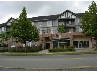 "Main Photo: 213 12088 75A Avenue in Surrey: West Newton Condo for sale in ""THE VILLAS AT STRAWBERRY HILL"" : MLS® # R2107897"