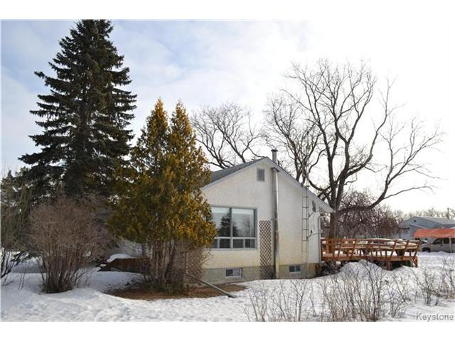 Main Photo: 608 Forbes Road in Winnipeg: South St Vital Residential for sale (2M)  : MLS® # 1704579