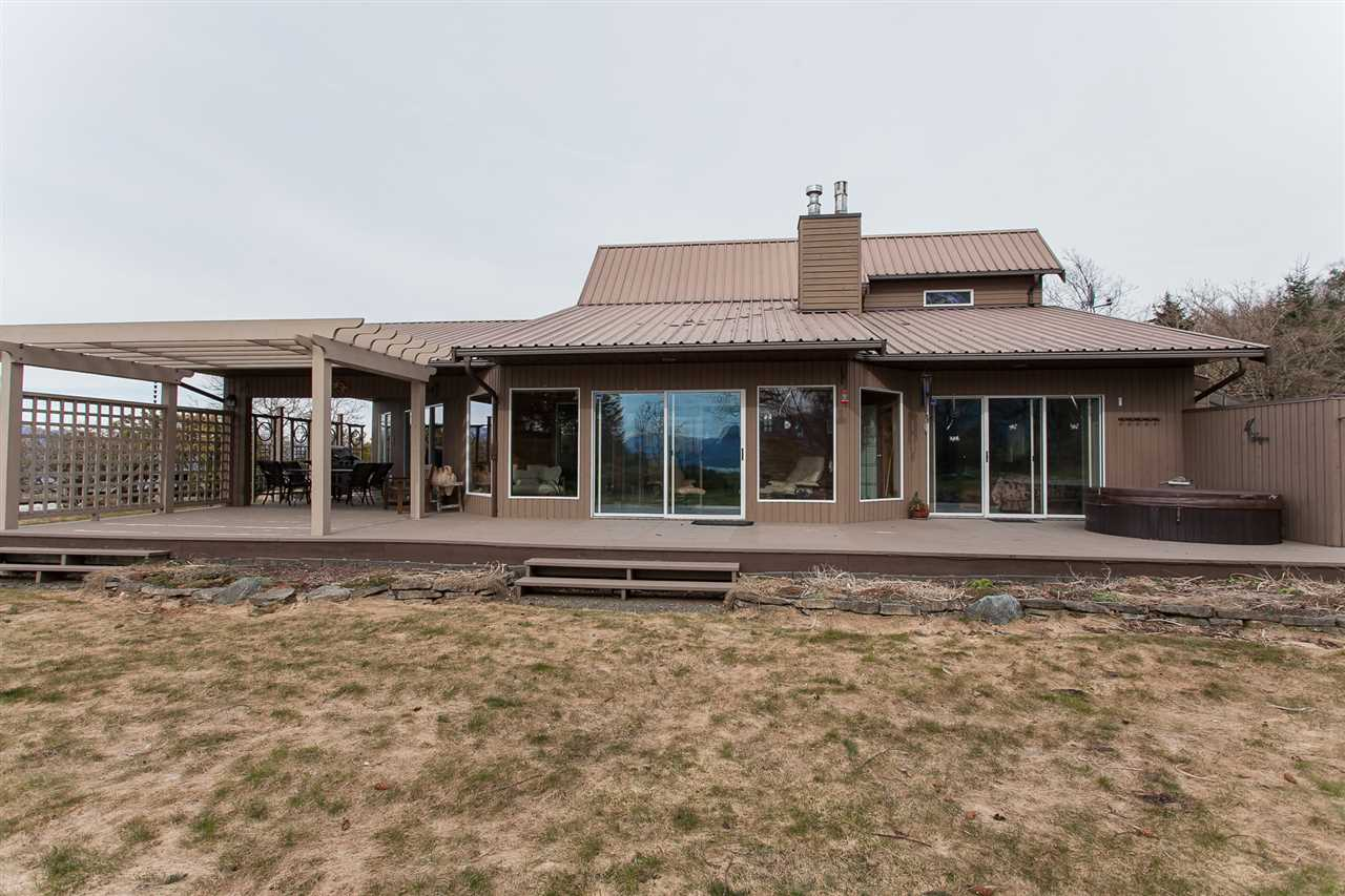 Main Photo: 46890 THORNTON Road in Sardis: Promontory House for sale : MLS®# R2147797