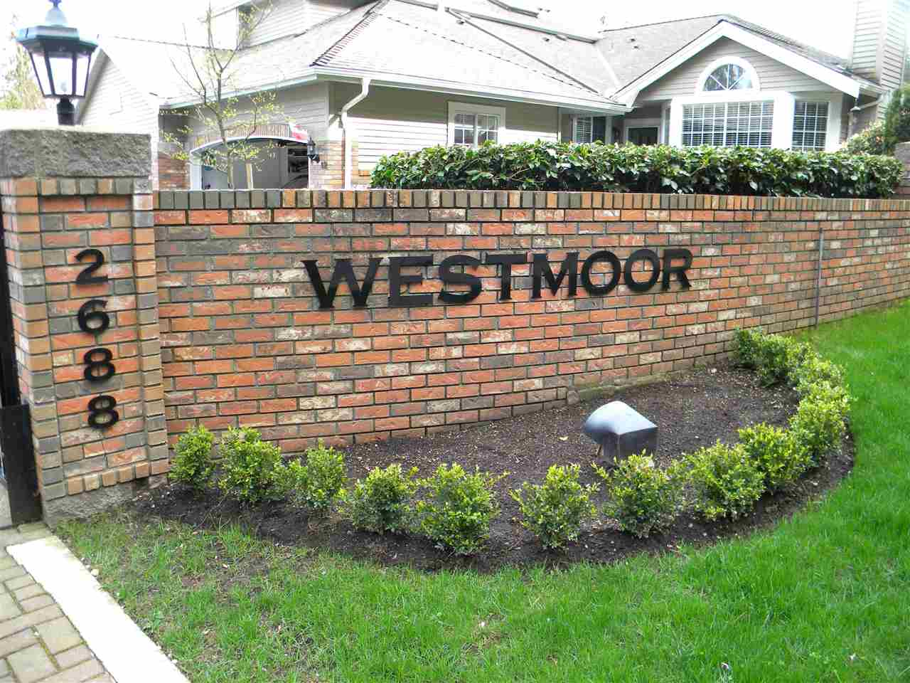 "Main Photo: 38 2688 150 Street in Surrey: Sunnyside Park Surrey Townhouse for sale in ""WESTMOOR"" (South Surrey White Rock)  : MLS® # R2154971"
