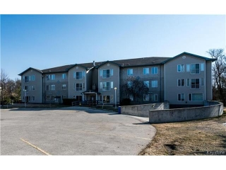 Main Photo: 677 St Anne's Road in Winnipeg: Meadowood Condominium for sale (2E)  : MLS(r) # 1708415