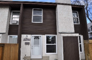 Main Photo: 18427 66 Avenue in Edmonton: Zone 20 Townhouse for sale : MLS(r) # E4062267