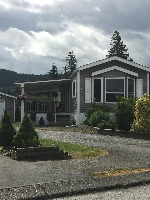"Main Photo: 82 6338 VEDDER Road in Chilliwack: Sardis East Vedder Rd Manufactured Home for sale in ""MAPLE MEADOWS"" (Sardis)  : MLS(r) # R2173544"