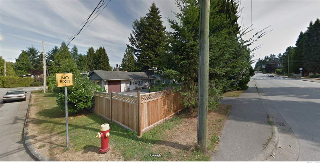 Photo 4: 909 ROBINSON Street in Coquitlam: Coquitlam West House for sale : MLS(r) # R2178657