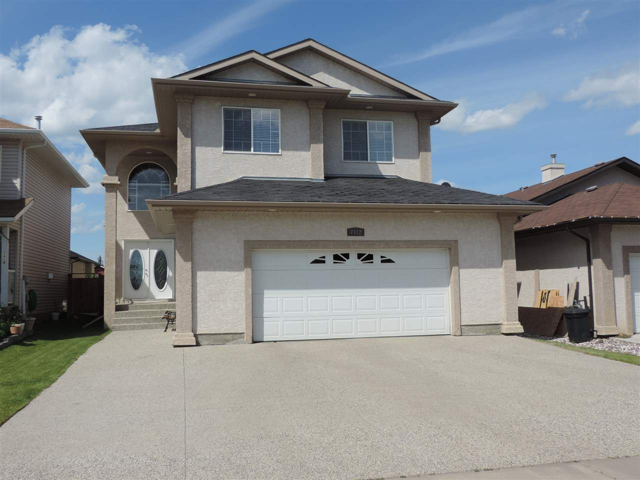 Main Photo: 7412 168 Avenue in Edmonton: Zone 28 House for sale : MLS(r) # E4070750