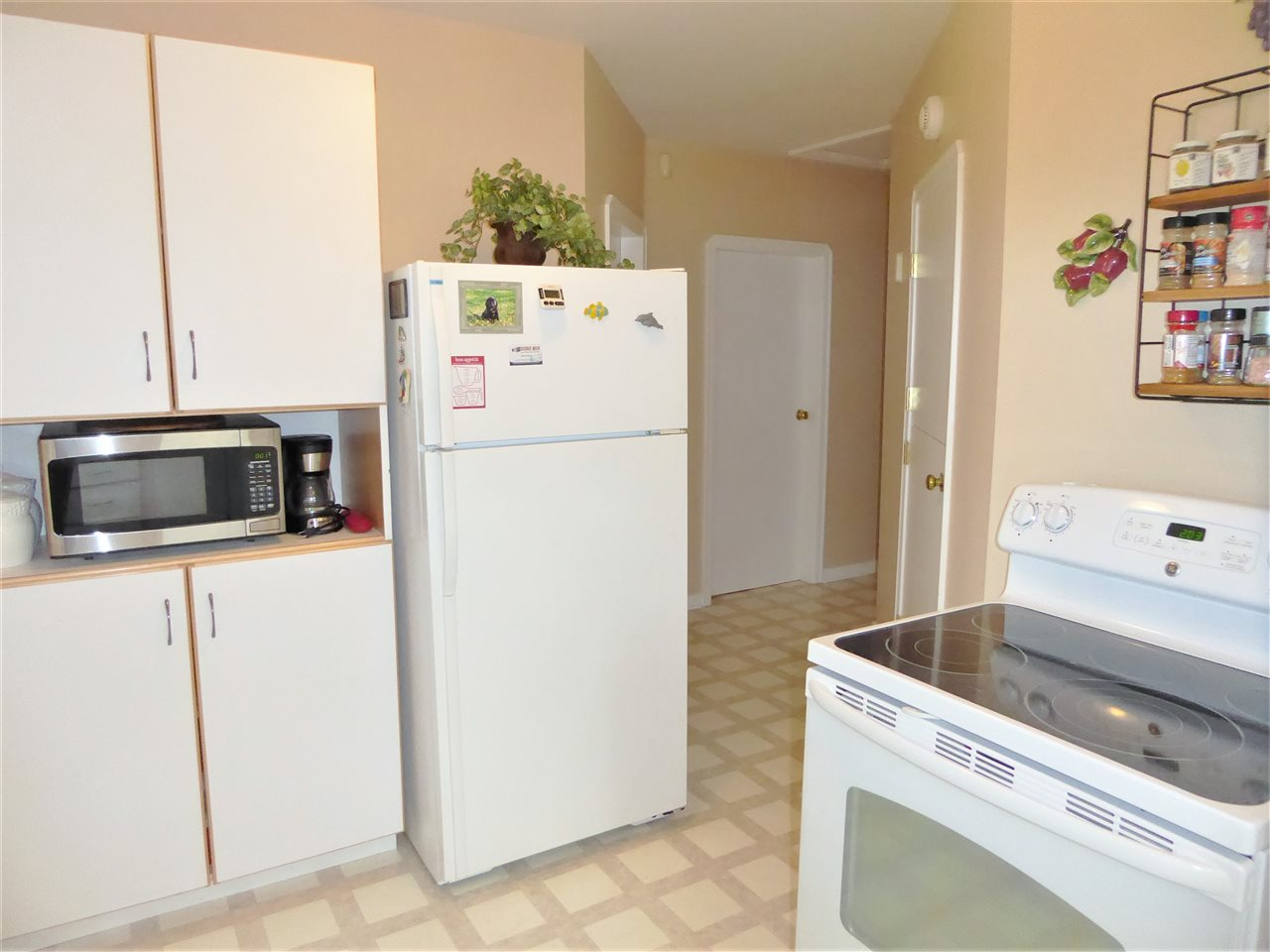 Kitchen small appliances edmonton - 11623 126 Street Nw Edmonton T5m 0r9 Zone 07