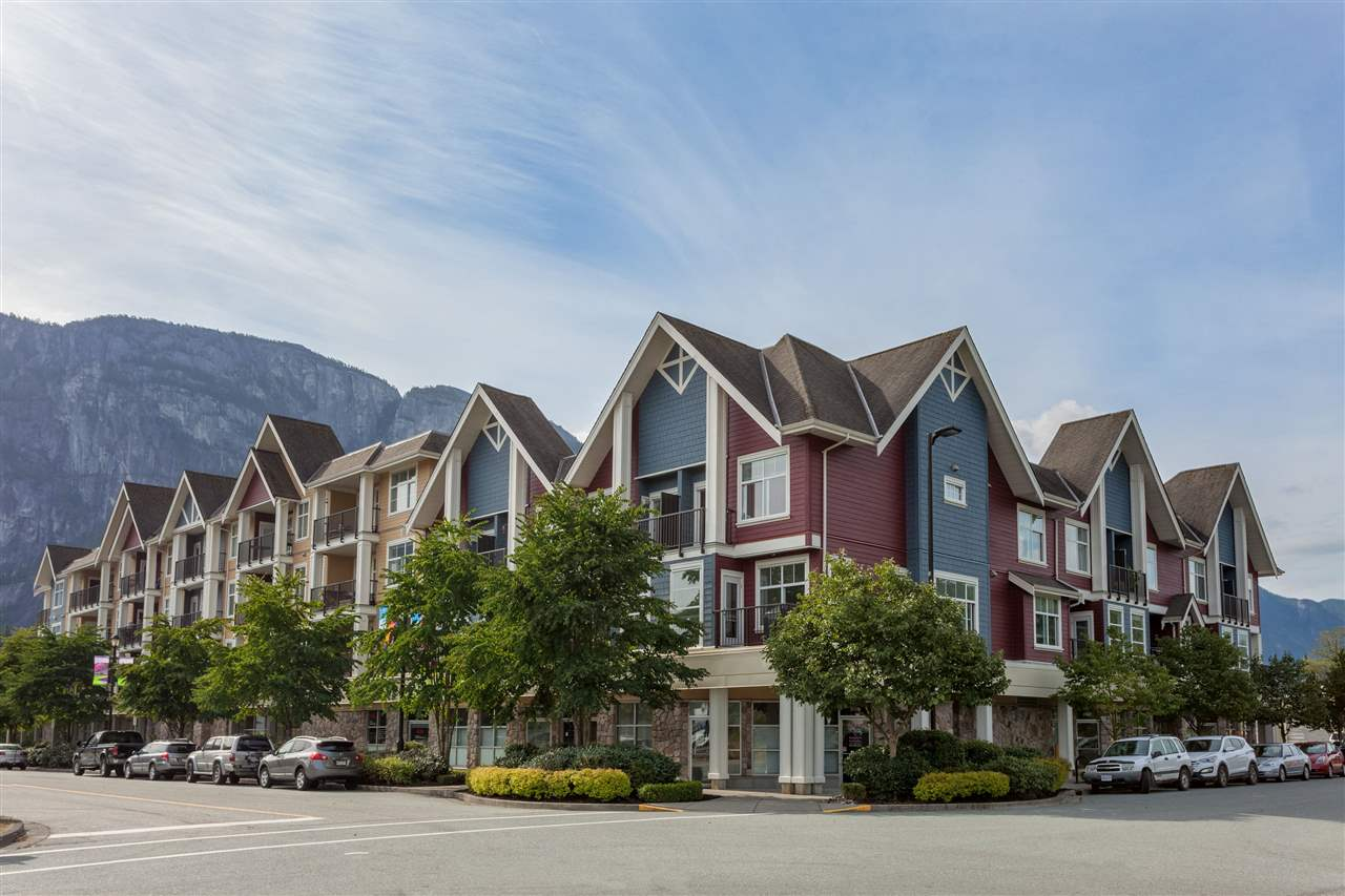 "Main Photo: 308 1336 MAIN Street in Squamish: Downtown SQ Condo for sale in ""ARTISAN"" : MLS® # R2195235"