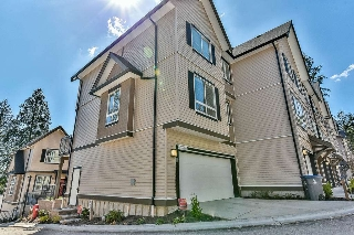 Main Photo: 59 14555 68 Avenue in Surrey: East Newton Townhouse for sale : MLS® # R2209199