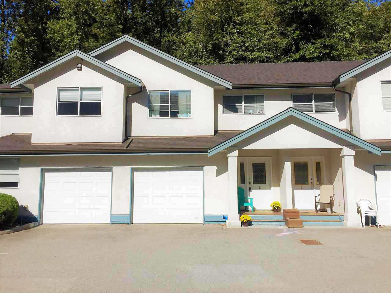 "Main Photo: 2 38247 WESTWAY Avenue in Squamish: Valleycliffe Townhouse for sale in ""CREEKSIDE"" : MLS®# R2212222"