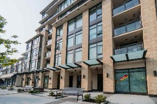 "Main Photo: 105 131 E 3RD Street in North Vancouver: Lower Lonsdale Condo for sale in ""The Anchor"" : MLS® # R2212513"