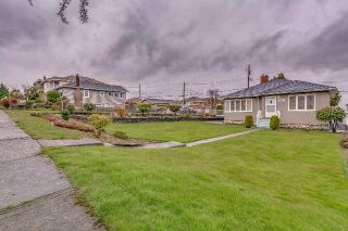 Main Photo: 3005 E 4TH Avenue in Vancouver: Renfrew VE House for sale (Vancouver East)  : MLS®# R2250924