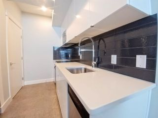 Main Photo:  in Edmonton: Zone 55 Townhouse for sale : MLS®# E4135681