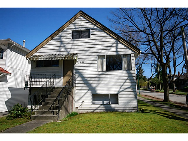 Main Photo: 3896 GLEN Drive in Vancouver: Knight House for sale (Vancouver East)  : MLS® # V1055886