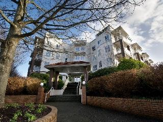 "Main Photo: 308 4768 53RD Street in Ladner: Delta Manor Condo for sale in ""SUNNINGDALE IV"" : MLS(r) # V1096503"
